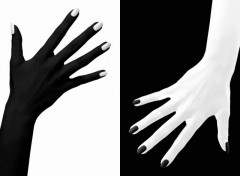 Wallpapers People - Events black & white hands