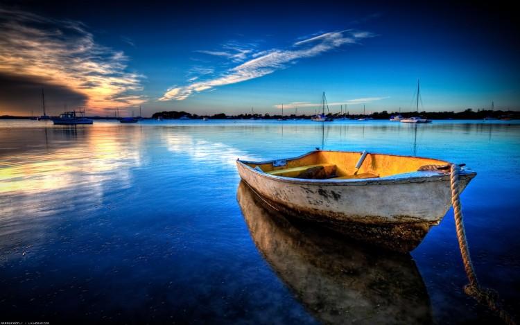 Fonds d'écran Bateaux Barques - Pirogues Barque dans la grande bleue