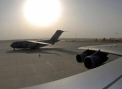 Fonds d'écran Avions C-17 Globemaster under the sun
