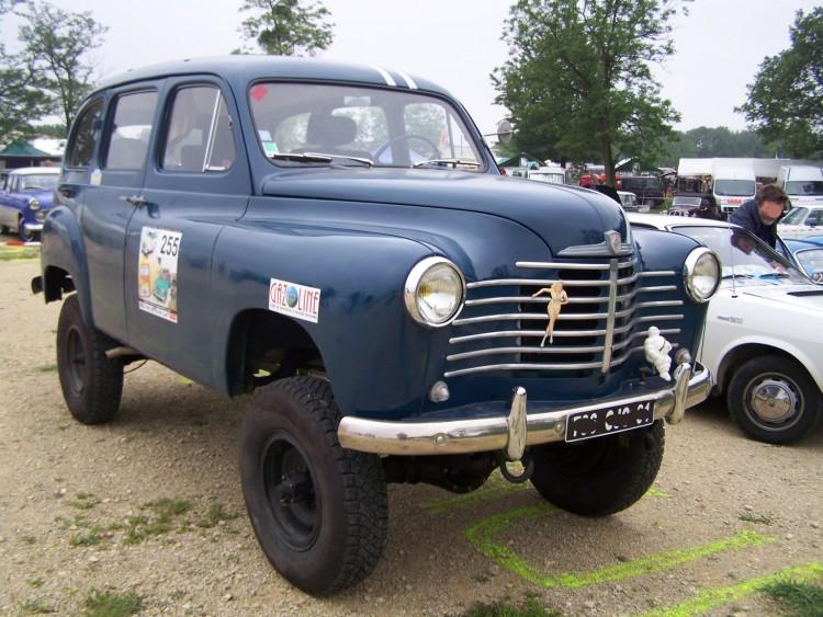 Fonds d'écran Voitures Renault Prairie 4x4