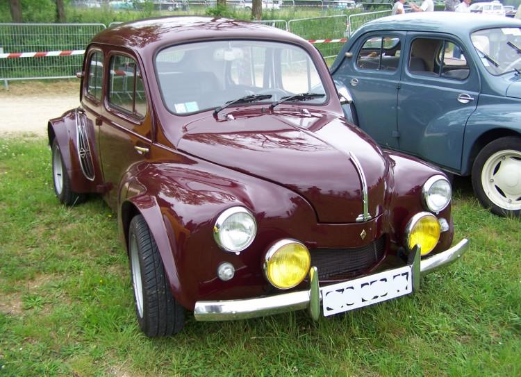 Fonds d'écran Voitures Renault Renault 4CV