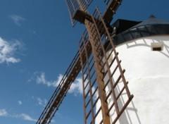 Fonds d'écran Voyages : Europe Moulin en Espagne.