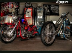 Fonds d'écran Motos Chopper garage