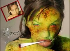 Fonds d'écran Art - Numérique Angelina jolie devien ....Angelina vilaine ^^