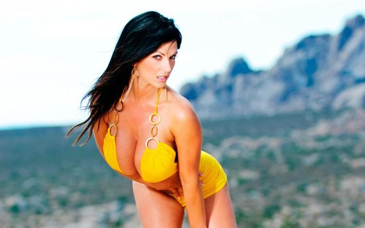 Fonds d'écran Célébrités Femme Denise Milani denise milani