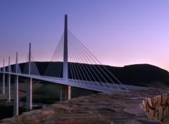 Fonds d'écran Voyages : Europe Viaduc de Millau (12) au coucher du soleil