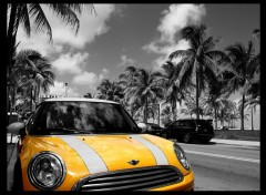 Wallpapers Cars Mini on Miami Beach front drive