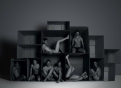 Wallpapers People - Events Boys in boxes
