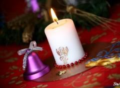 Fonds d'écran Objets Bougie et cloche de Noël