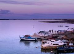 Fonds d'écran Voyages : Europe Bateaux sur l'étang d'Ingril près de Frontignan-Plage (34)