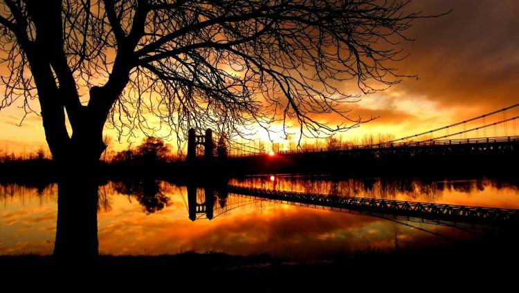 Wallpapers Nature Sunsets and sunrises Coucher de soleil sur le Rhone