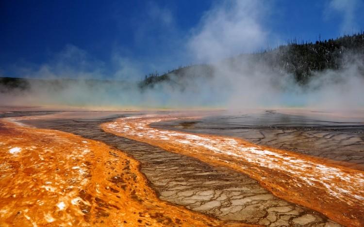 Fonds d'écran Nature Geysers geysers