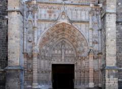 Fonds d'écran Constructions et architecture Facade de Notre Dame ;Montbrison Loire 42