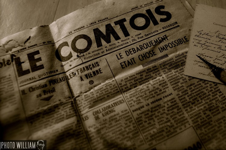 Wallpapers Objects Scripture journal le comtois 1945