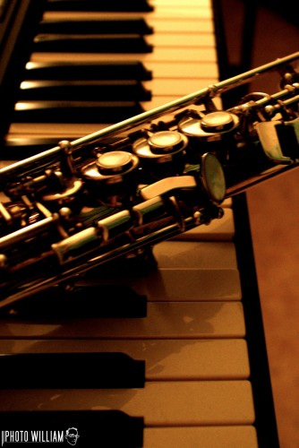 Wallpapers Music Musical Instruments saxo-piano