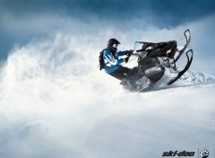 Fonds d'écran Motos Ski-Doo Summit 2011
