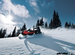 Wallpapers Motorbikes Ski-Doo Renegade 2011