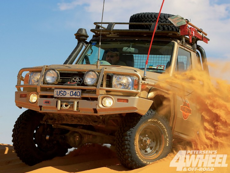 Fonds d'écran Voitures 4x4 toyota land cruiser