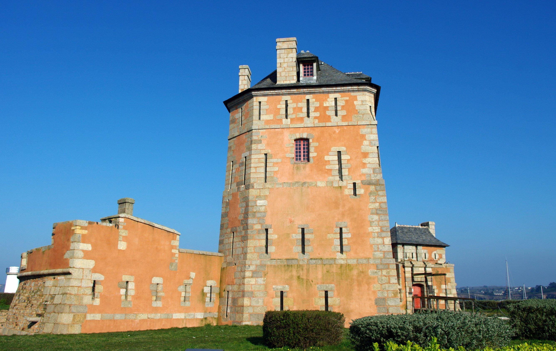 Fonds d'écran Constructions et architecture Statues - Monuments Tour Vauban à Camaret (Finistère) - monument classé au Patrimoine mondial de l'UNESCO