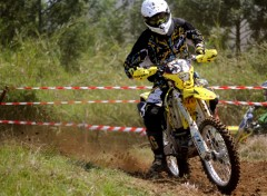 Fonds d'écran Motos Enduro Moto