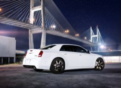 Fonds d'écran Voitures Chrysler 300 SRT8