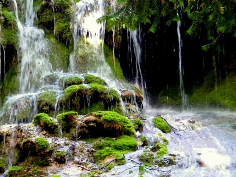 Fonds d'écran Nature Cascades - Chutes cascade verte