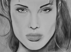 Fonds d'écran Art - Crayon Angelina Jolie Pastel