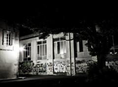 Fonds d'écran Constructions et architecture ruelle sombre