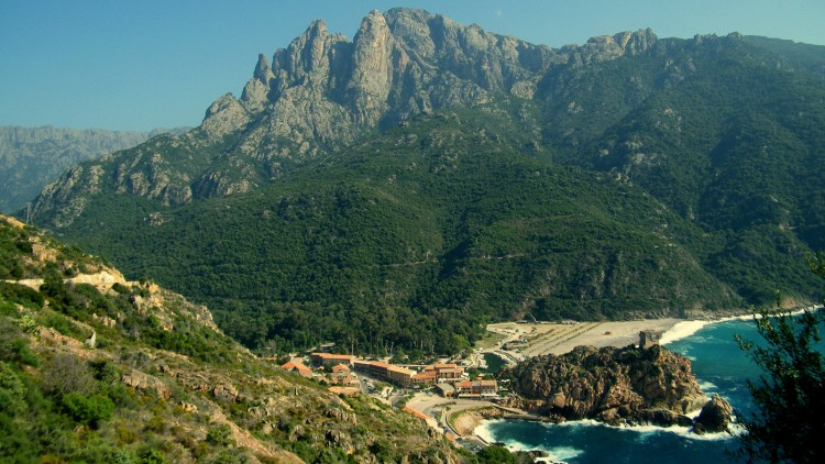 Wallpapers Trips : Europ France > Corsica Porto