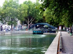 Fonds d'écran Voyages : Europe Canal Saint Martin