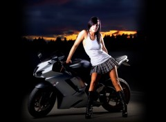 Wallpapers Motorbikes Kawasaki Girl