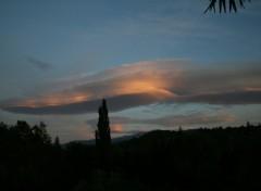 Fonds d'écran Nature Au dessus du Mont Ventoux
