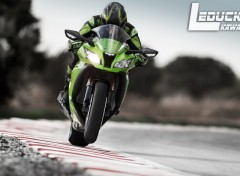 Wallpapers Motorbikes kawasaki-racing-background