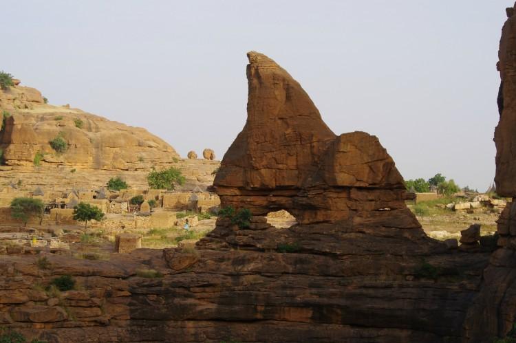 Fonds d'écran Voyages : Afrique Mali falaises de bandiagara
