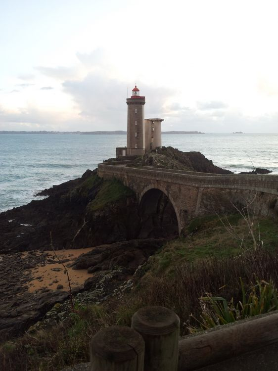 Fonds d'écran Voyages : Europe France > Bretagne phare du minou