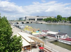 Boats restaurant bords de seine paris Bercy   (photo prise le 17 mai 2012)