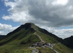 Nature le puy mary (cantal)