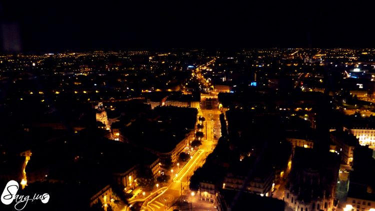 Wallpapers Constructions and architecture Cities - Towns Nantes avenue (nuit)