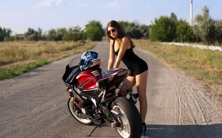 Fonds d'écran Motos Filles et motos  Anastasia Alekseevna