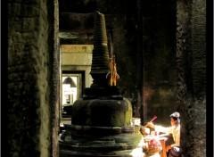 Voyages : Asie Prière au temple de Preah Kanh