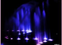 Constructions and architecture Jeux de lumière sur l'eau...