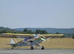Avions piper 90