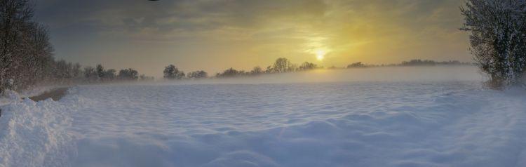 Fonds d'écran Nature Saisons - Hiver la plaine sous la neige
