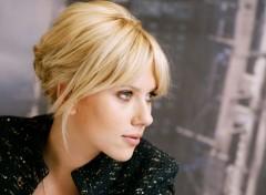 Célébrités Femme Scarlett blonde