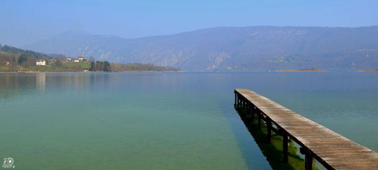 Wallpapers Trips : Europ France > Rhône-Alpes Lac d'Aiguebelette