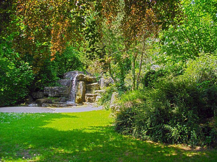 fonds d 39 cran nature fonds d 39 cran parcs jardins cascade jardin anglais vesoul par. Black Bedroom Furniture Sets. Home Design Ideas