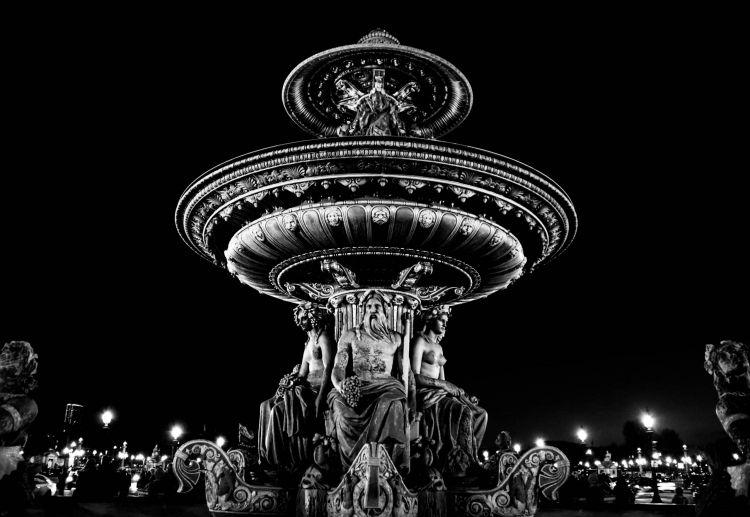 Fonds d'écran Voyages : Europe Paris fontaine de la mer