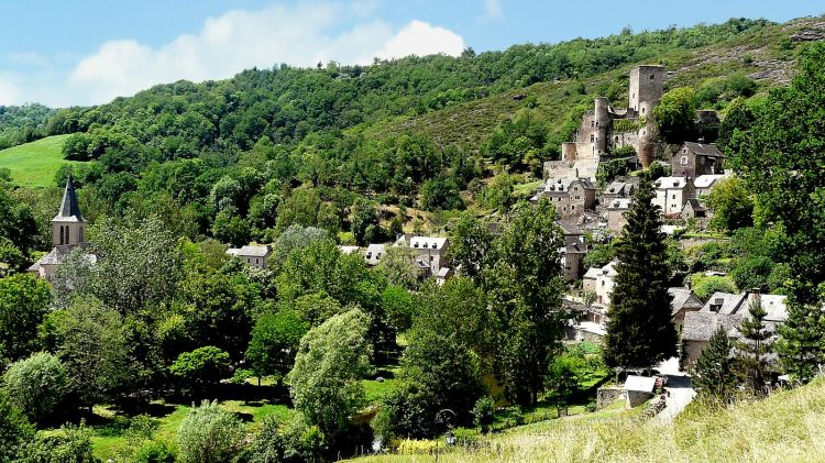 Fonds d'écran Voyages : Europe France > Midi-Pyrénées Belcastel