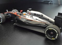 Voitures MC LAREN HONDA MP4-30 (Fernando ALONSO GP de Chine 2015)