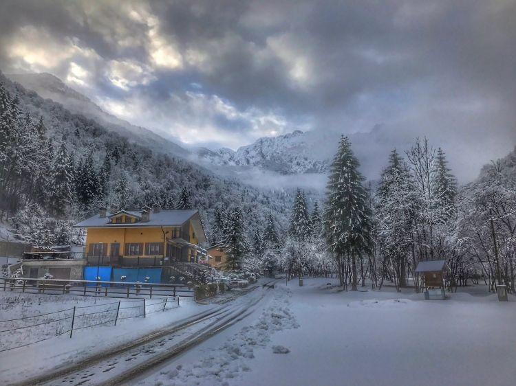 Fonds d'écran Voyages : Europe Italie Neve in montagna